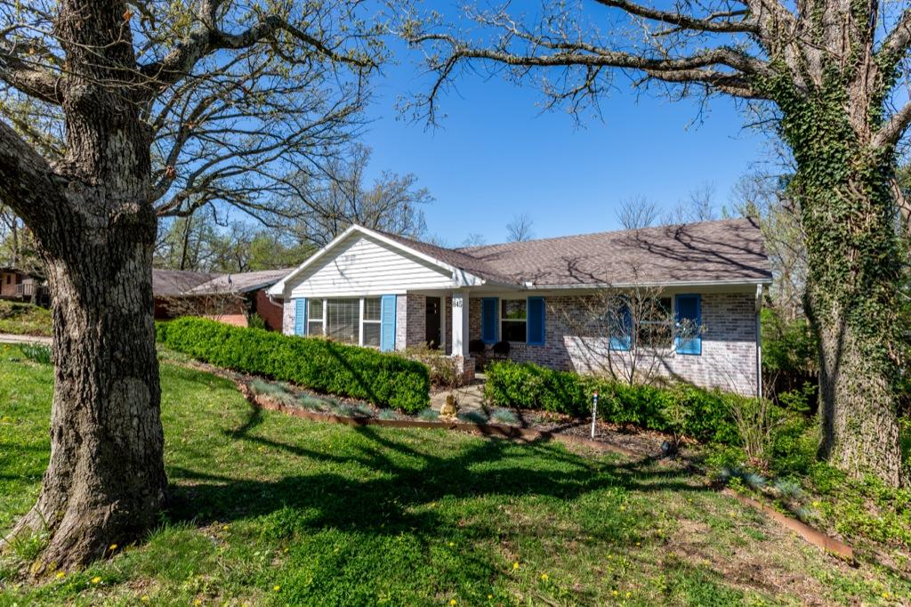 845 N. Jackson Dr., Fayetteville
