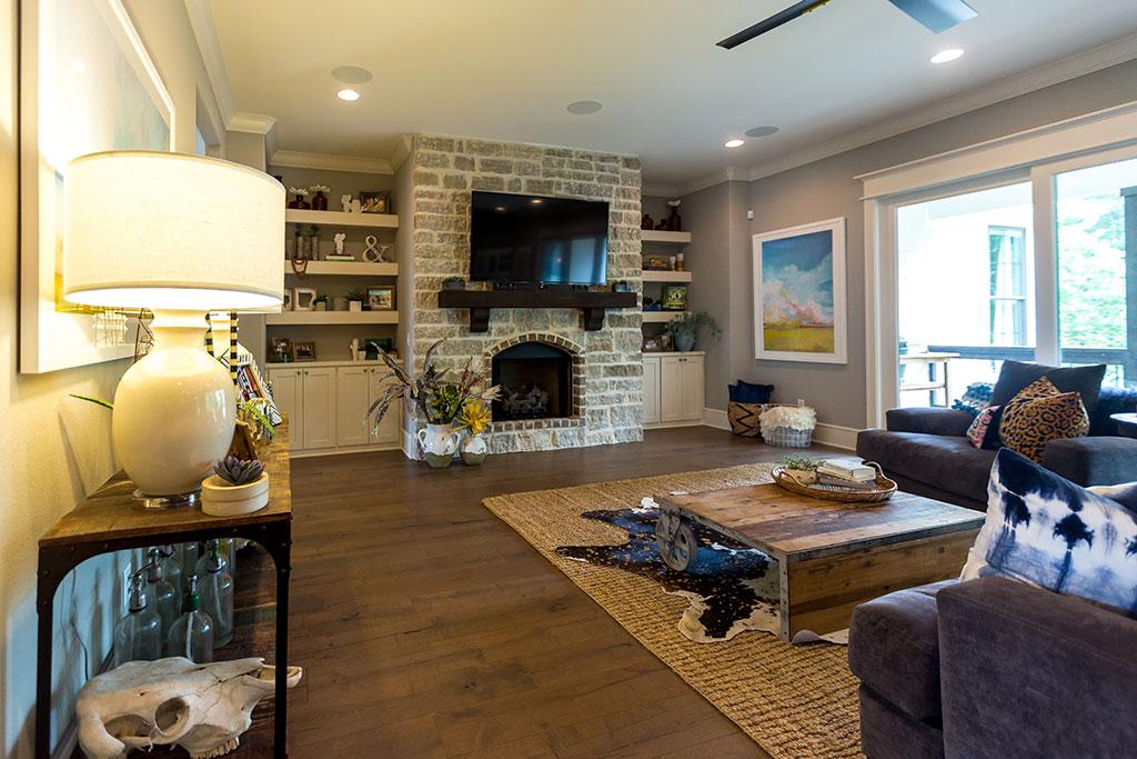 4268 legacy dr springdale ar flyer homes for Living room on main