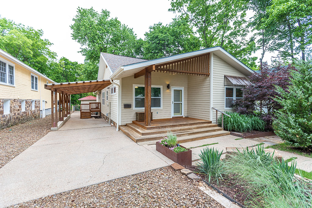 623 N Willow Ave, Fayetteville, AR