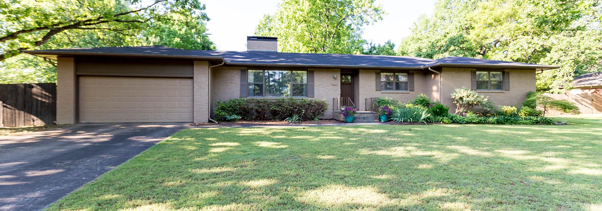 1405 E Oakcliff St, Fayetteville, AR