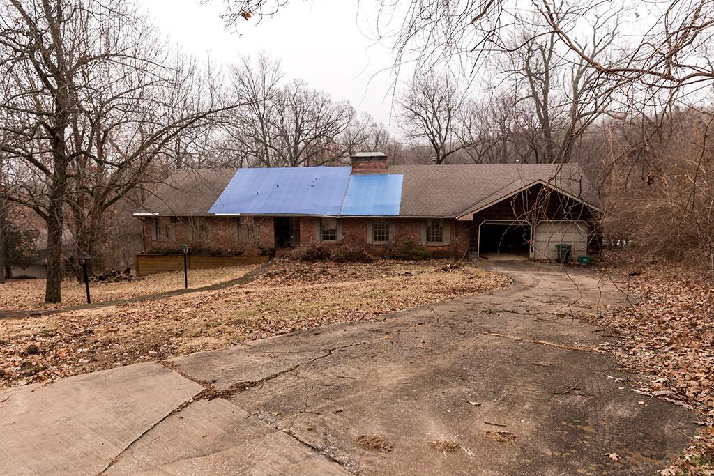 1010 N Eastwood Dr, Fayetteville, AR 72701